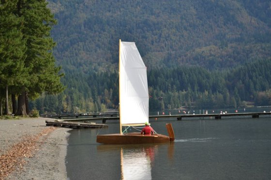 s-12 light simple plywood dinghy
