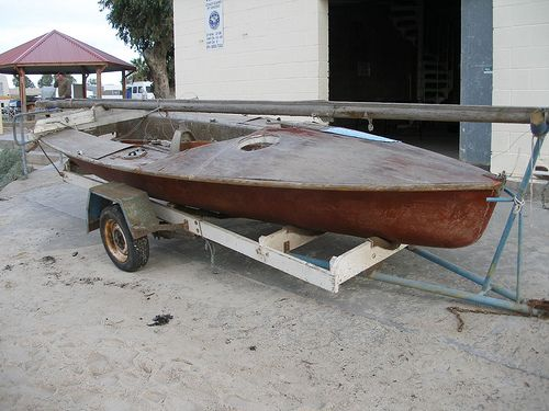 Is the bargain boat worth restoring? Decision and direction. storerboatplans.com
