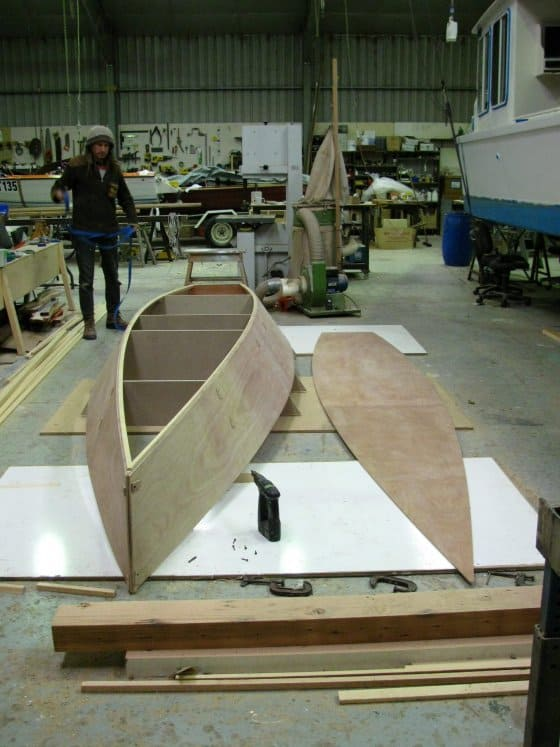 simple hullform but nice to row. storer row boat being built by clint chase. Rowing version of Goat Island Skiff. Storerboatplans.com